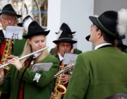 Eröffnungsfest der neuen Raiffeisenbank