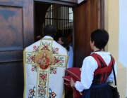 Herz-Jesu-Prozession 2013 – Pfarrfest in der Barwieser Agrarmaschinenhalle