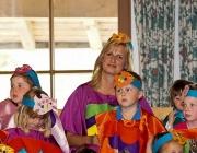 """Kindergarten Barwies spielt das Musical """"Der Regenbogenfisch"""""""