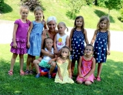 """Geburtstagsfeier im Kindergarten Barwies – Ein """"Hoch"""" auf vier Zwillingspaare"""