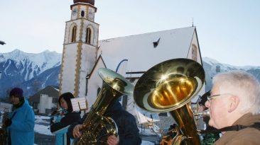 Bilderbuch-Wetter beim Silvesterblasen 2010, Foto: Knut Kuckel