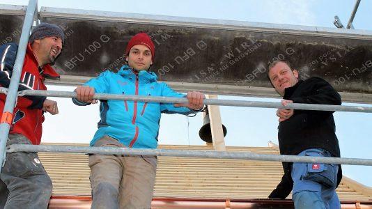 Kapellensanierung in See: Die Spenglerarbeiten und Dacheindeckung werden von der Firma Denis Schöpf noch vor dem Winter abgeschlossen. Foto: Knut Kuckel