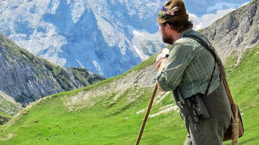 Almhirt Norbert Kluckner beim Viehauftrieb ins Felderer Tal, Foto: Michael Sonnweber