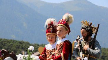 Isidori-Prozession - die Engel waren heuer Lionel Zotz und Emilian Spielmann, Foto: Knut Kuckel