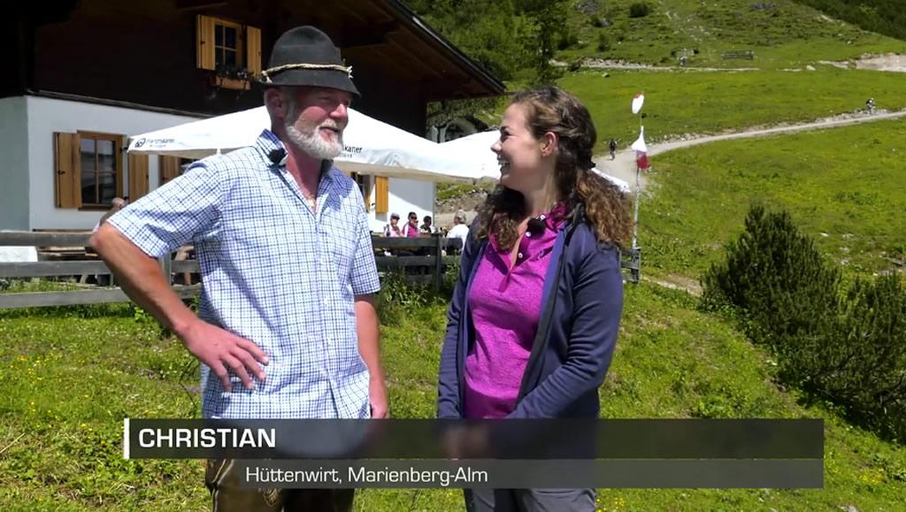 """Maria Vögele war für """"Imst TV"""" beim neuen Hüttenwirt auf der Markienberg Alm, Foto: Imst TV"""