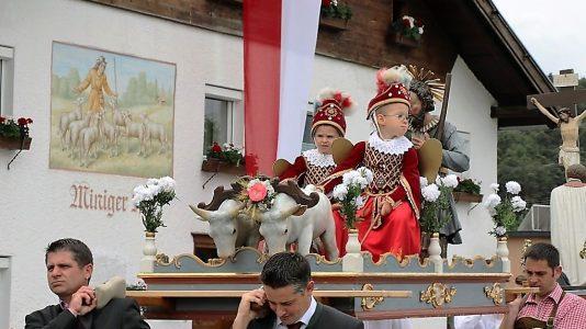 Isidori 2016 - Die beiden Engel waren heuer Raphael Wachter und Alexander Falch. Foto: Knut Kuckel