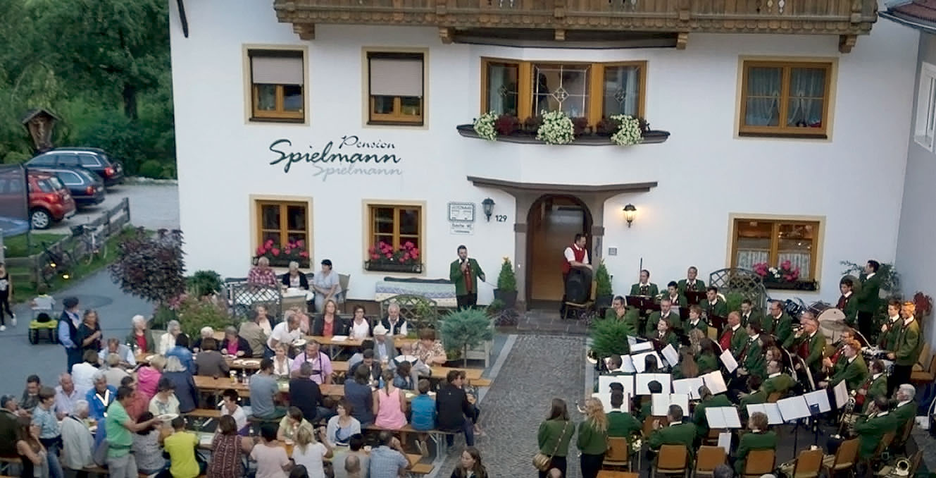 Platzkonzert am Gästehaus Spielmann, Foto: Andreas Fischer