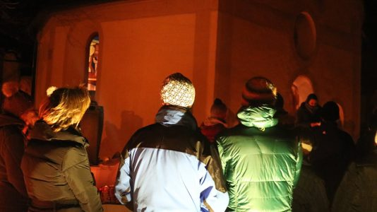 Mieminger Adventkalender - Das 2. Adventfenster öffnet der Josefsverein in der Josefskapelle Obermieming, Foto: Mieming.online