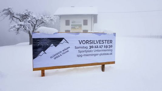 Vor-Silvester - Die SPG Mieminger Plateau lädt zum Vorfeiern auf den Sportplatz in Untermieming, Foto: Mieming.online