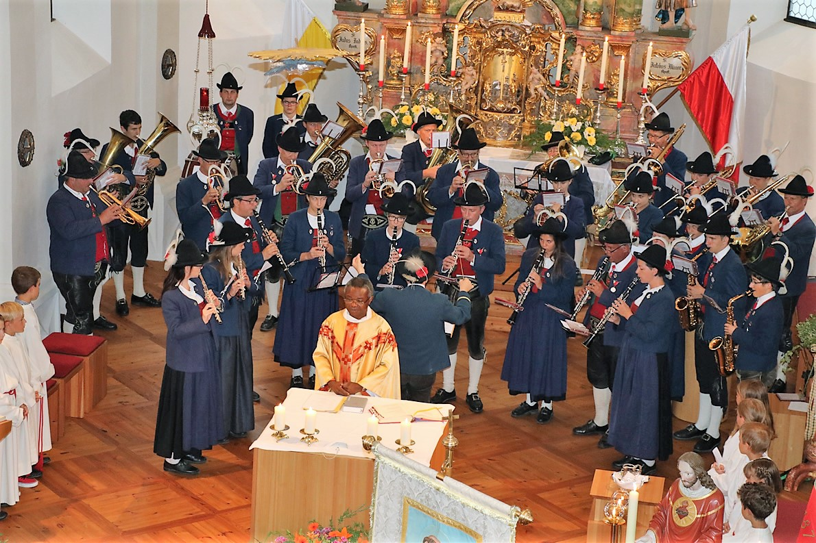 Herz Jesu - Messe in der Pfarrkirche Barwies, Foto: Mieming.online
