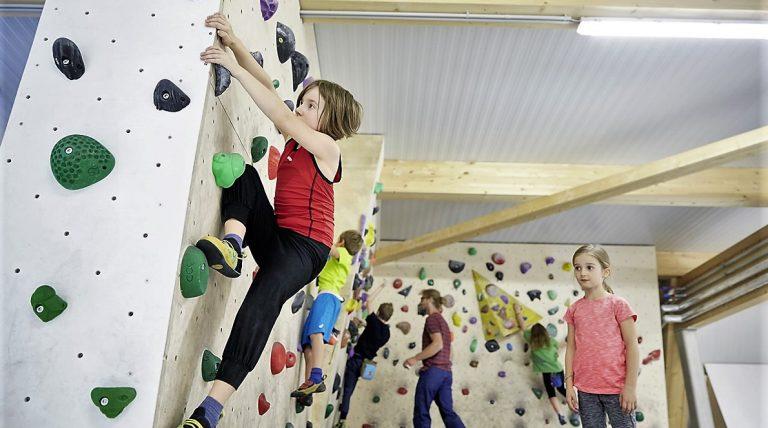 "Kinderkurse im Kletterzentrum ""Bergstation"" in Telfs. Foto: Kletterzentrum Bergstation Telfs"