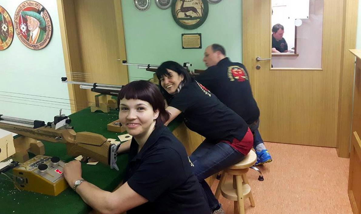 Ostereierschießen, Luftgewehrschießstand im Gemeindehaus. Foto: Mieming.online
