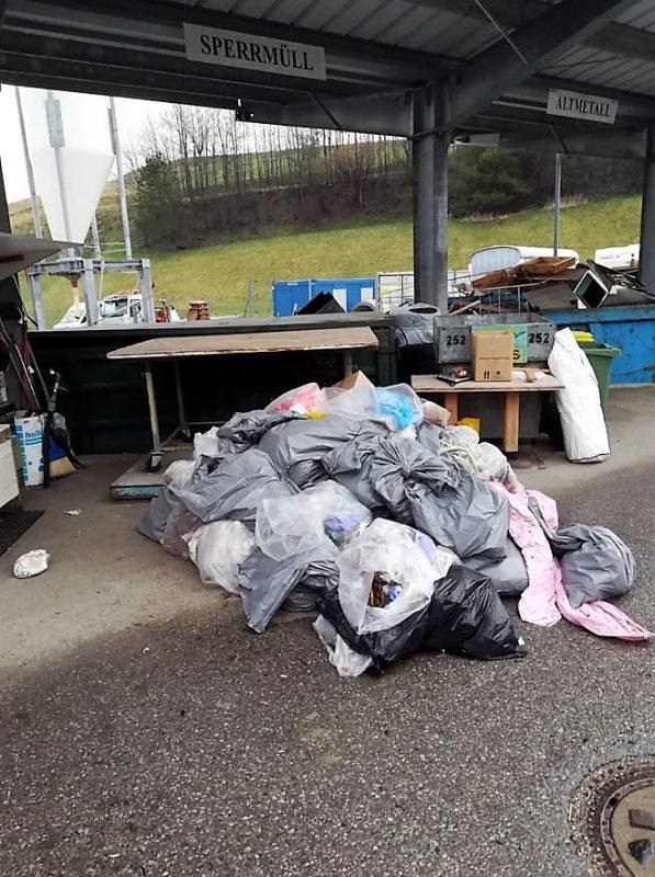 Das wars - Das sichtbare Resulatat vom Frühjahrsputz in Mieming. Danke für das Foto vom Recyclinghof an Seppl Sagmeister.