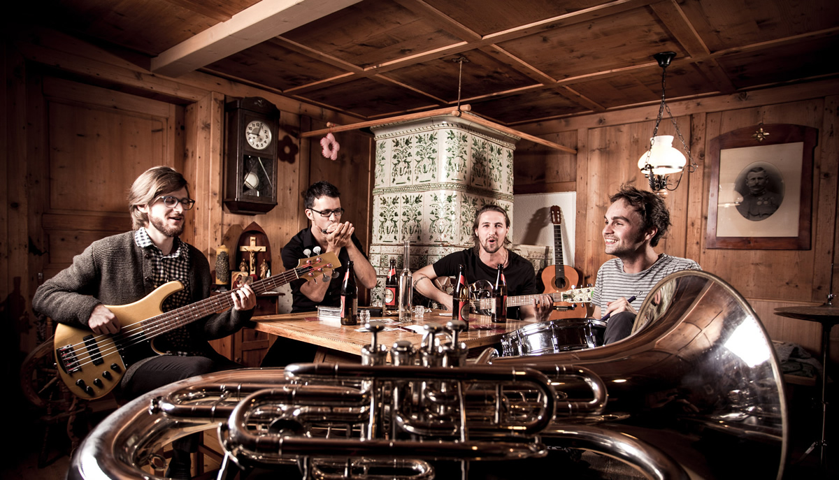 """Saltbrennt"" - Sommer-Sonntag-Matinee im Kulturstadl. Foto: Saltbrennt.com"